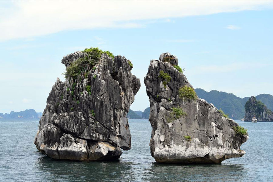 hanoi halong tour- viet flame tours