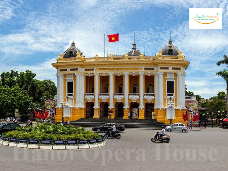 Hanoi-opera-house-smiletravel