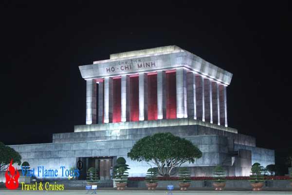 Ho Chi Minh Mausoleum opening hours