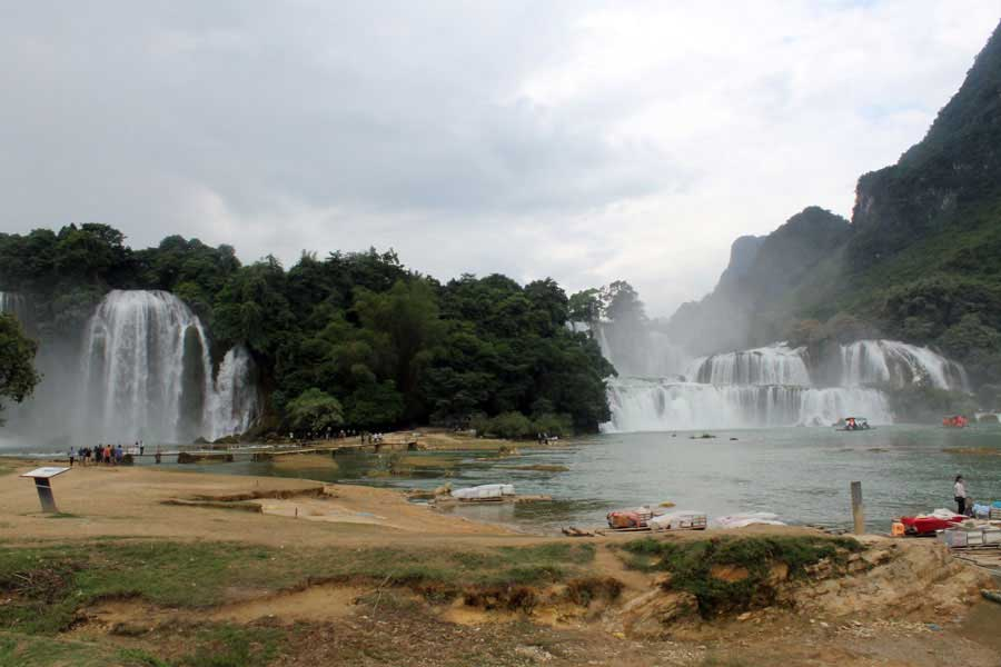 tour-ba be-ban-gioc-waterfall