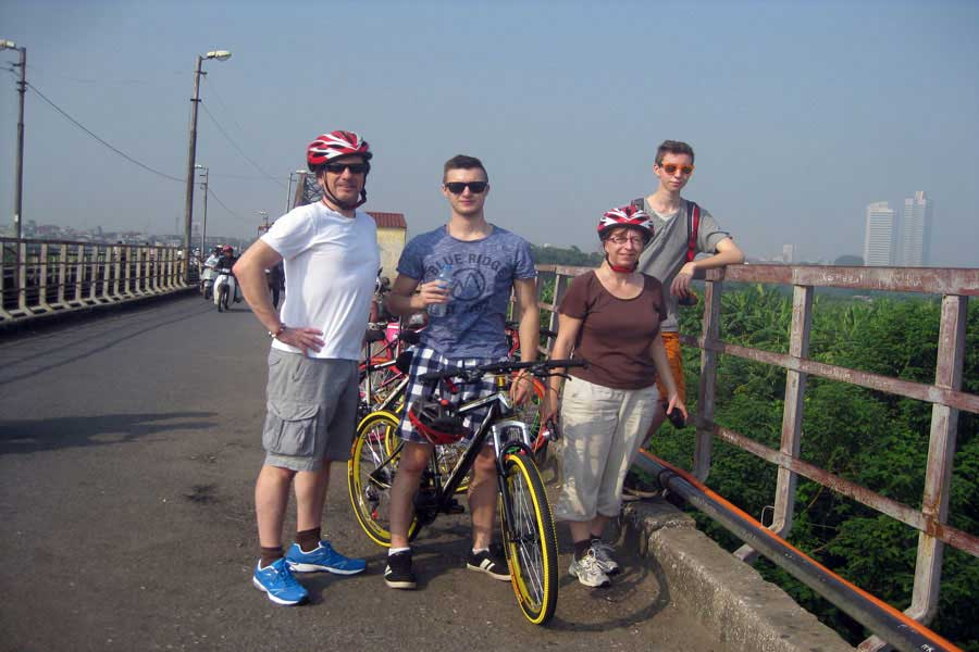 hanoi cycling tour full day
