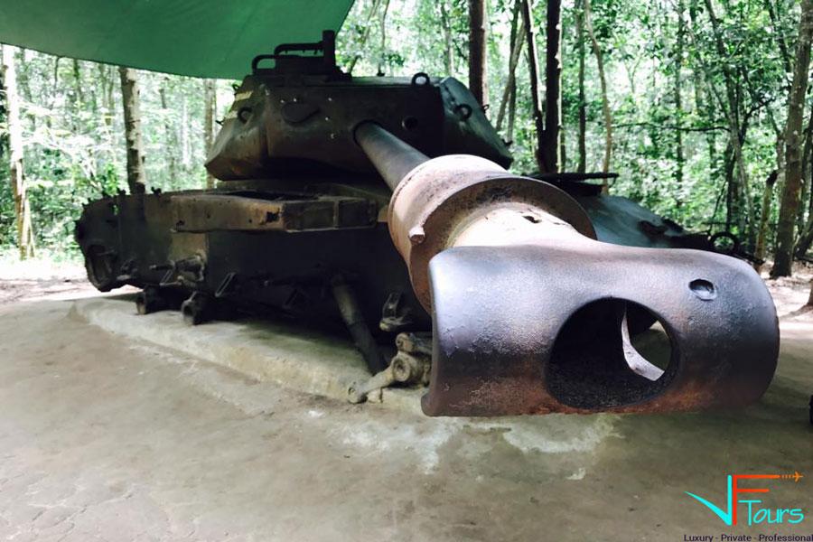 photo of cu chi tunnel