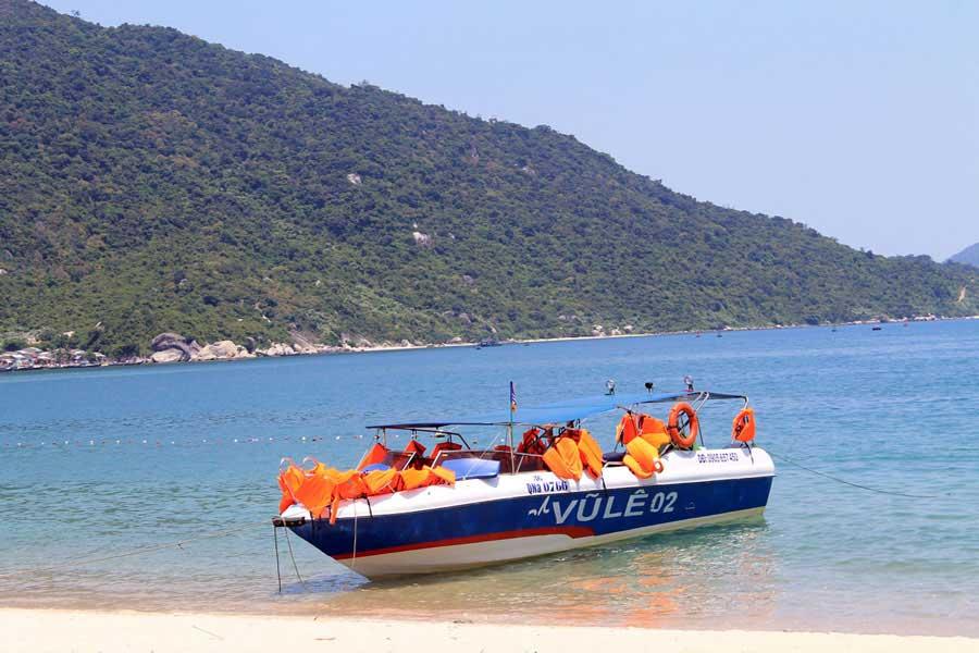 tour to cu lao cham island