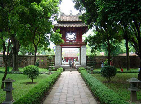 Temple-of-literature3