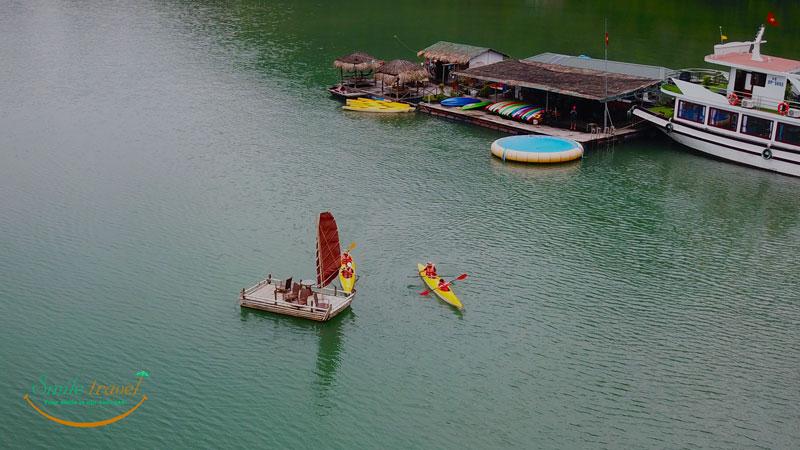 800x450.kayak--in-halong-bay-bay-smiletravel