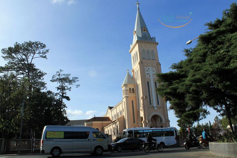 Church in Dalat - Viet Flame Tours